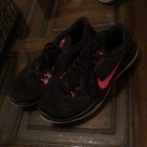 Nike Shoes - Nike Flywire Sneakers